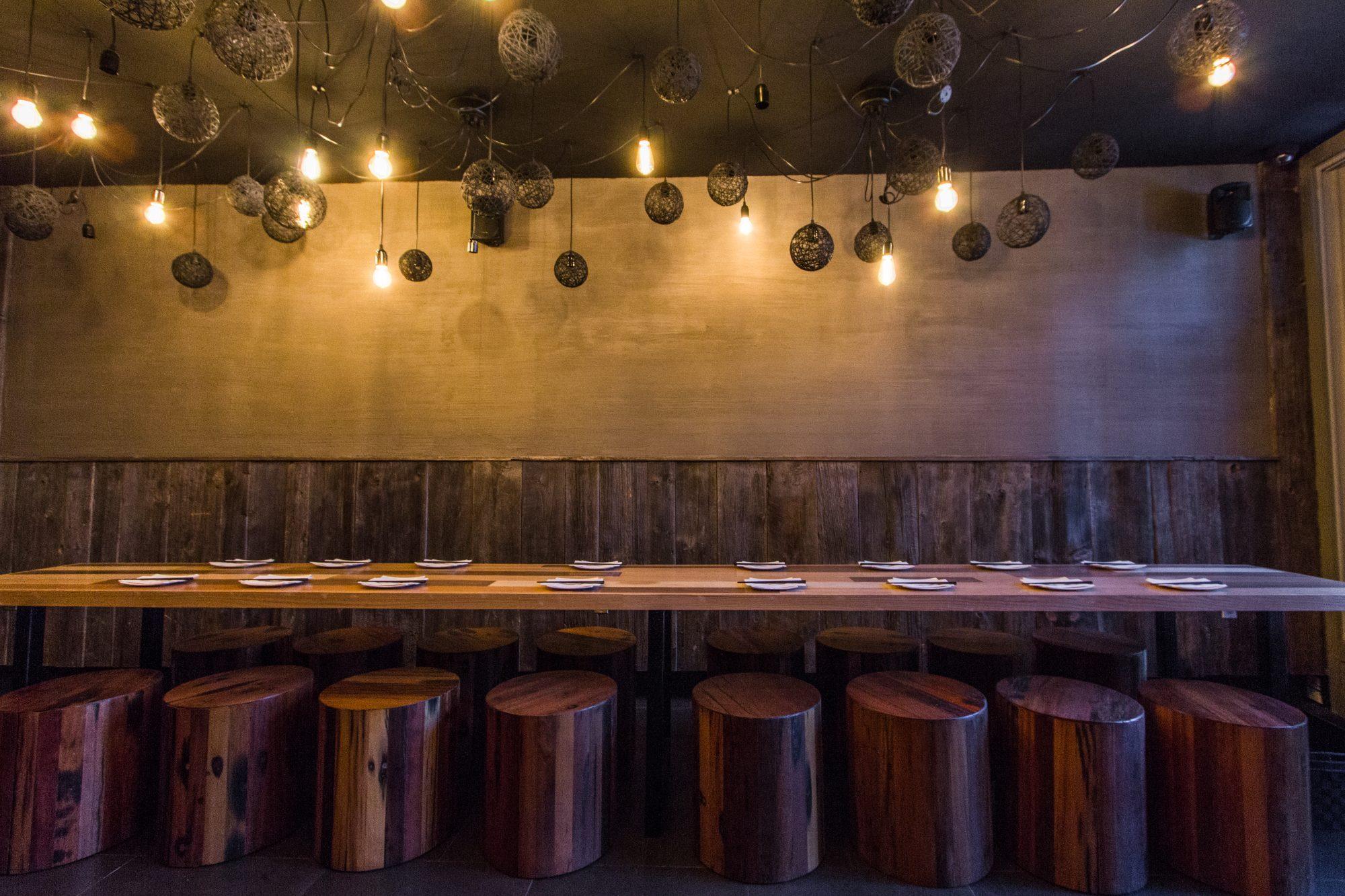 toronto-restaurants-guu-izakaya-parkdale-japanase-parkdale-tables
