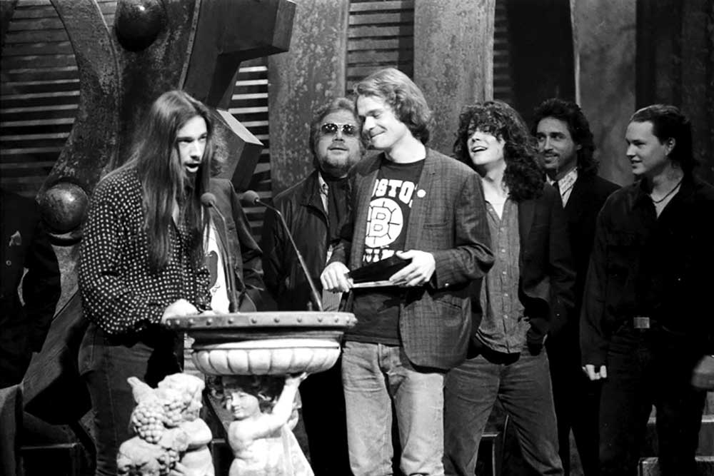 1991: The band accepting their second Juno, for Canadian entertainer of the year.