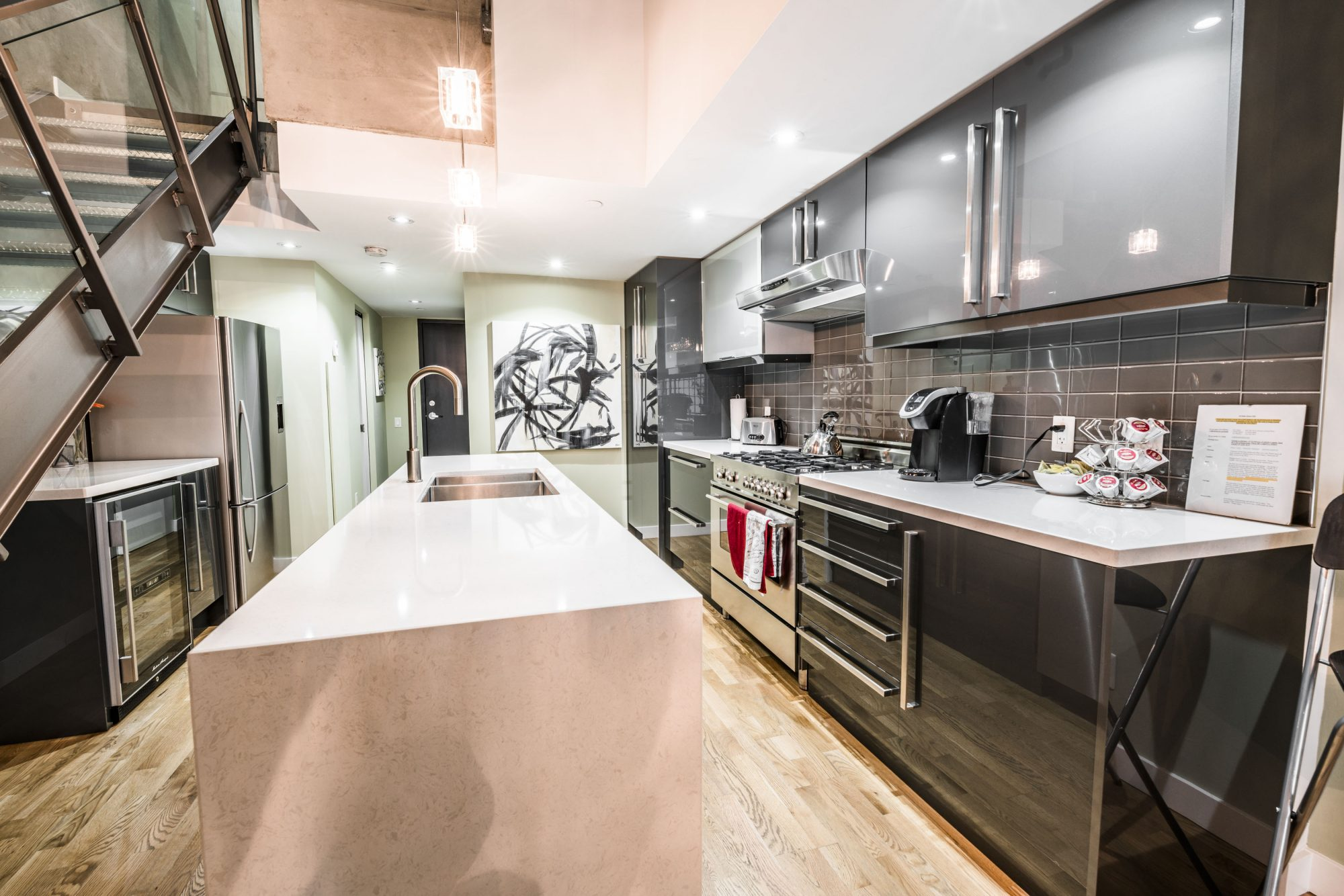 toronto-apartment-for-rent-25-oxley-street-3