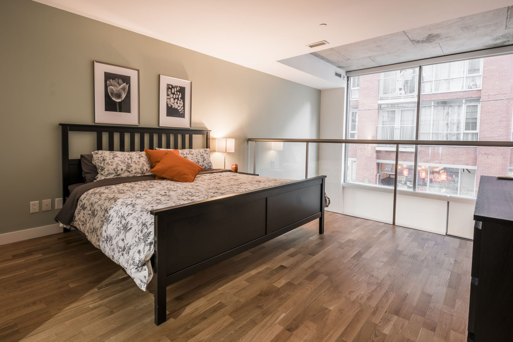 toronto-apartment-for-rent-25-oxley-street-4