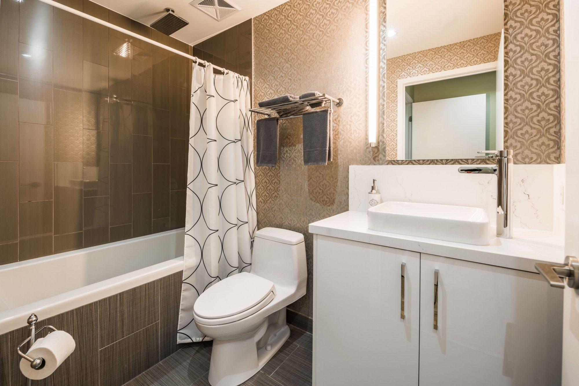 toronto-apartment-for-rent-25-oxley-street-5
