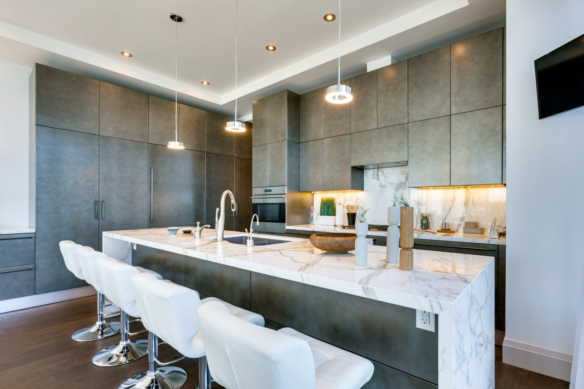toronto-condo-for-sale-224-king-street-west-5