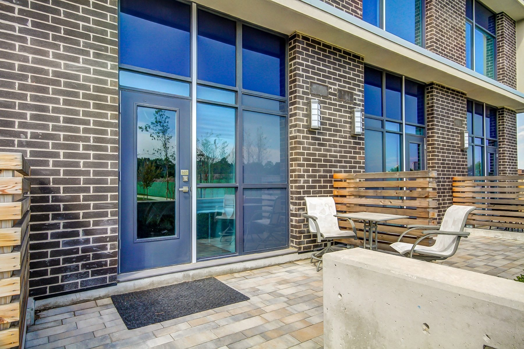 toronto-condo-for-sale-75-the-donway-2
