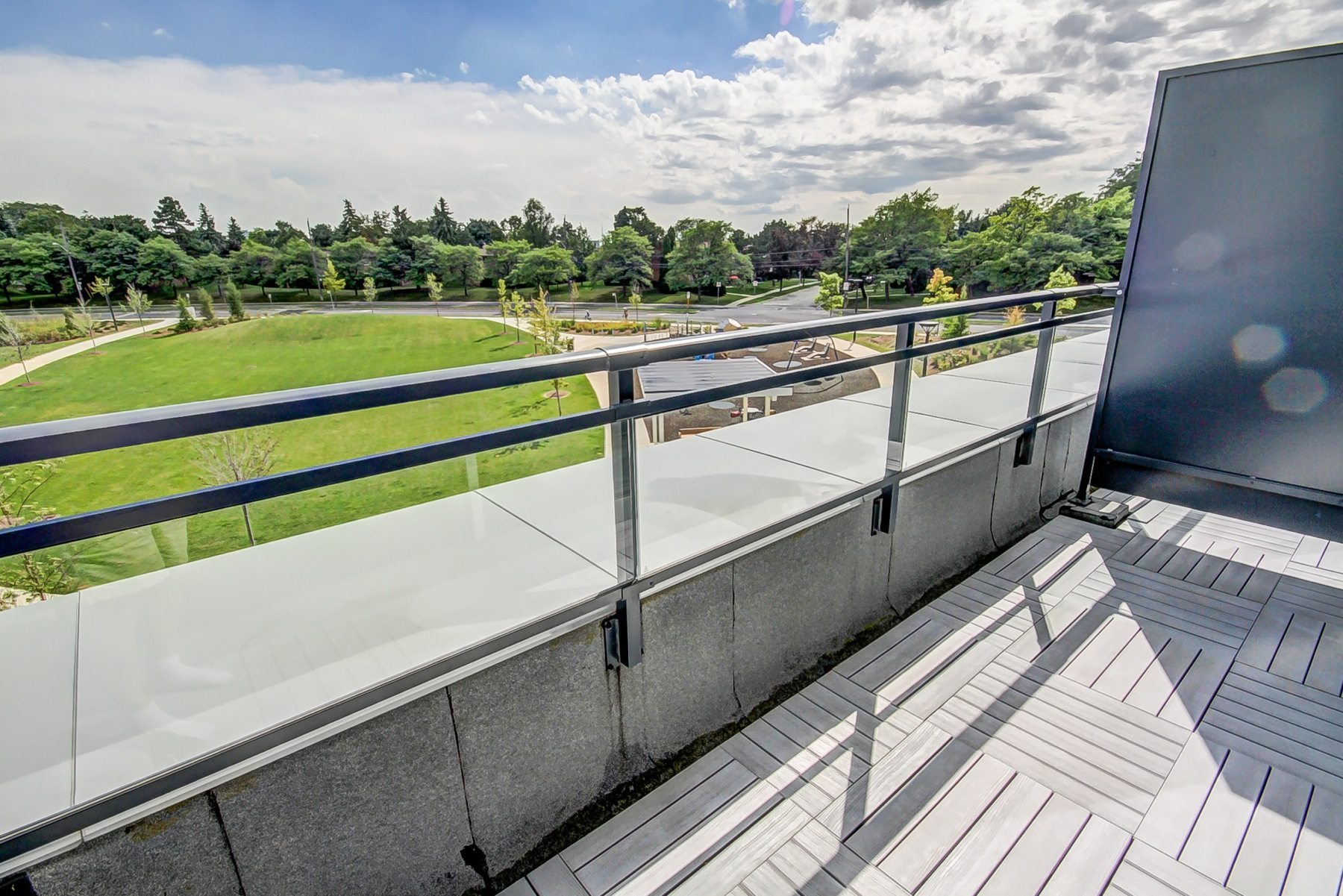 toronto-condo-for-sale-75-the-donway-7