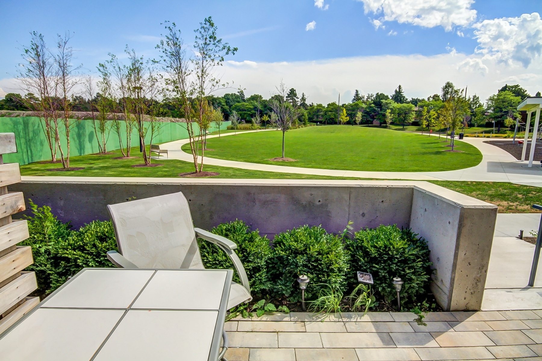 toronto-condo-for-sale-75-the-donway-8