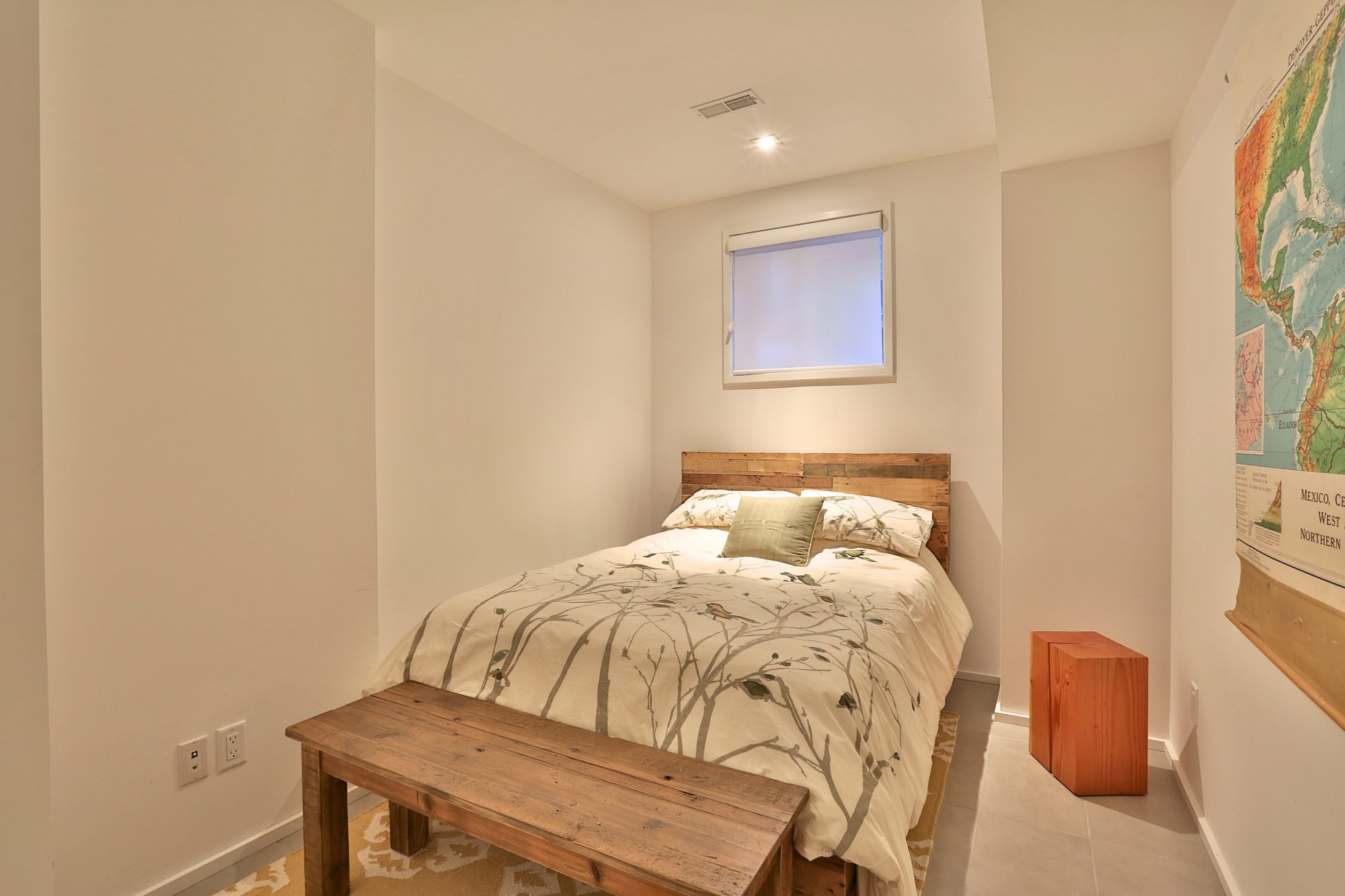 toronto-house-of-the-week-241-claremont-avenue-12