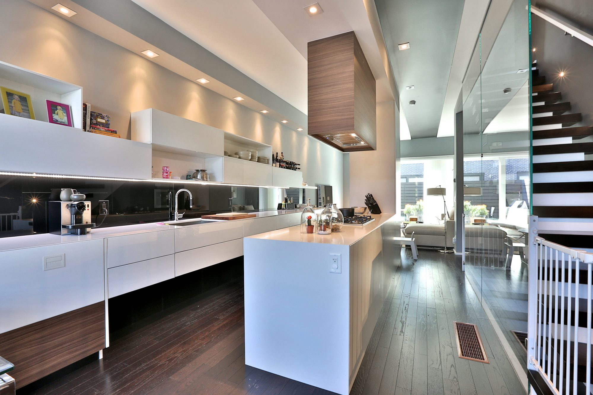 toronto-house-of-the-week-241-claremont-avenue-3