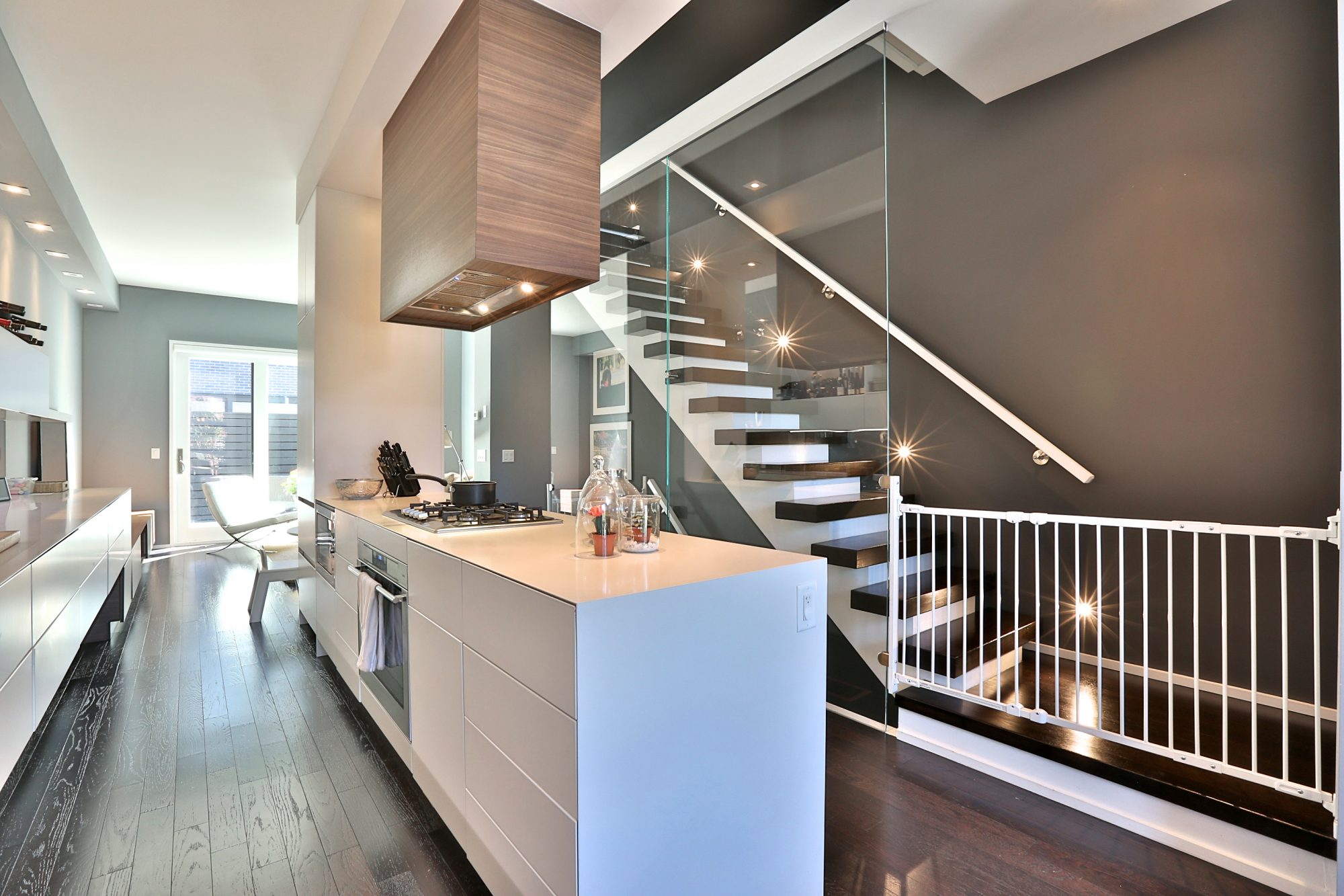toronto-house-of-the-week-241-claremont-avenue-4