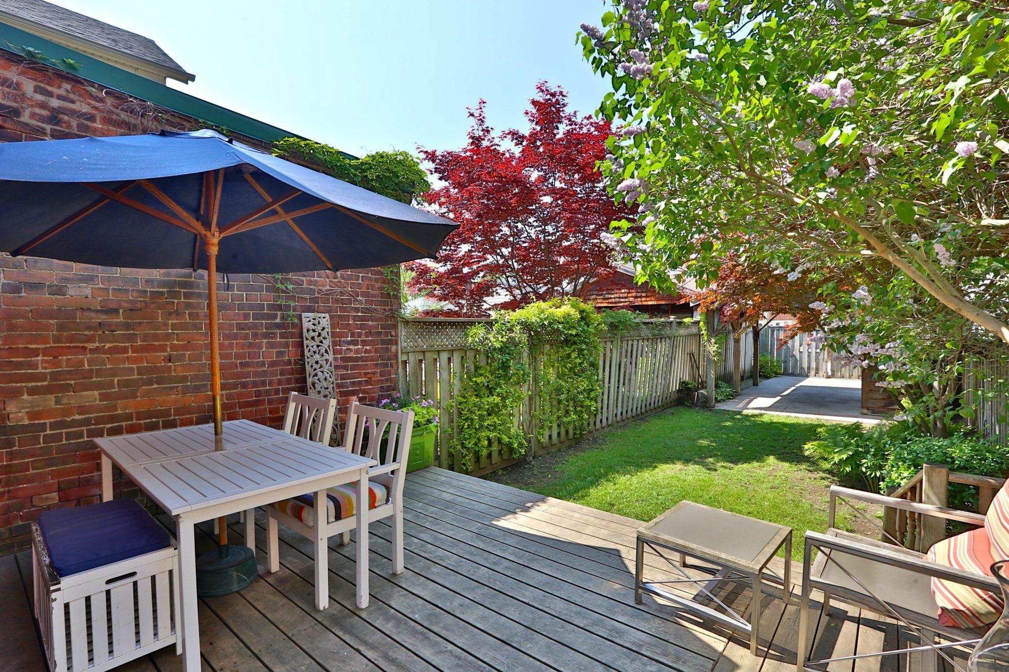 toronto-house-sold-14-garden-avenue-10
