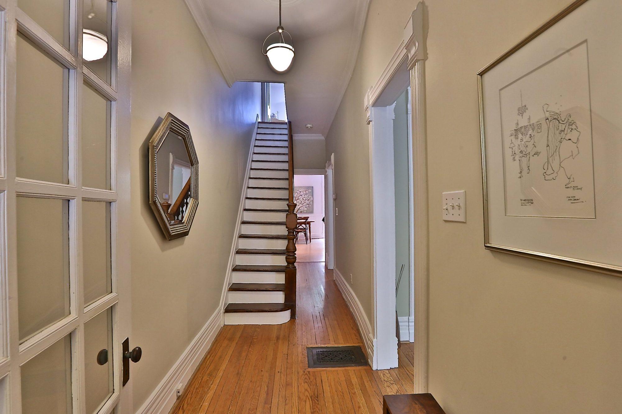toronto-house-sold-14-garden-avenue-2