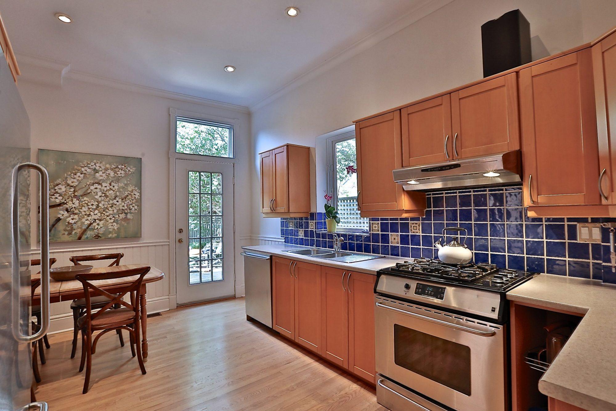 toronto-house-sold-14-garden-avenue-5