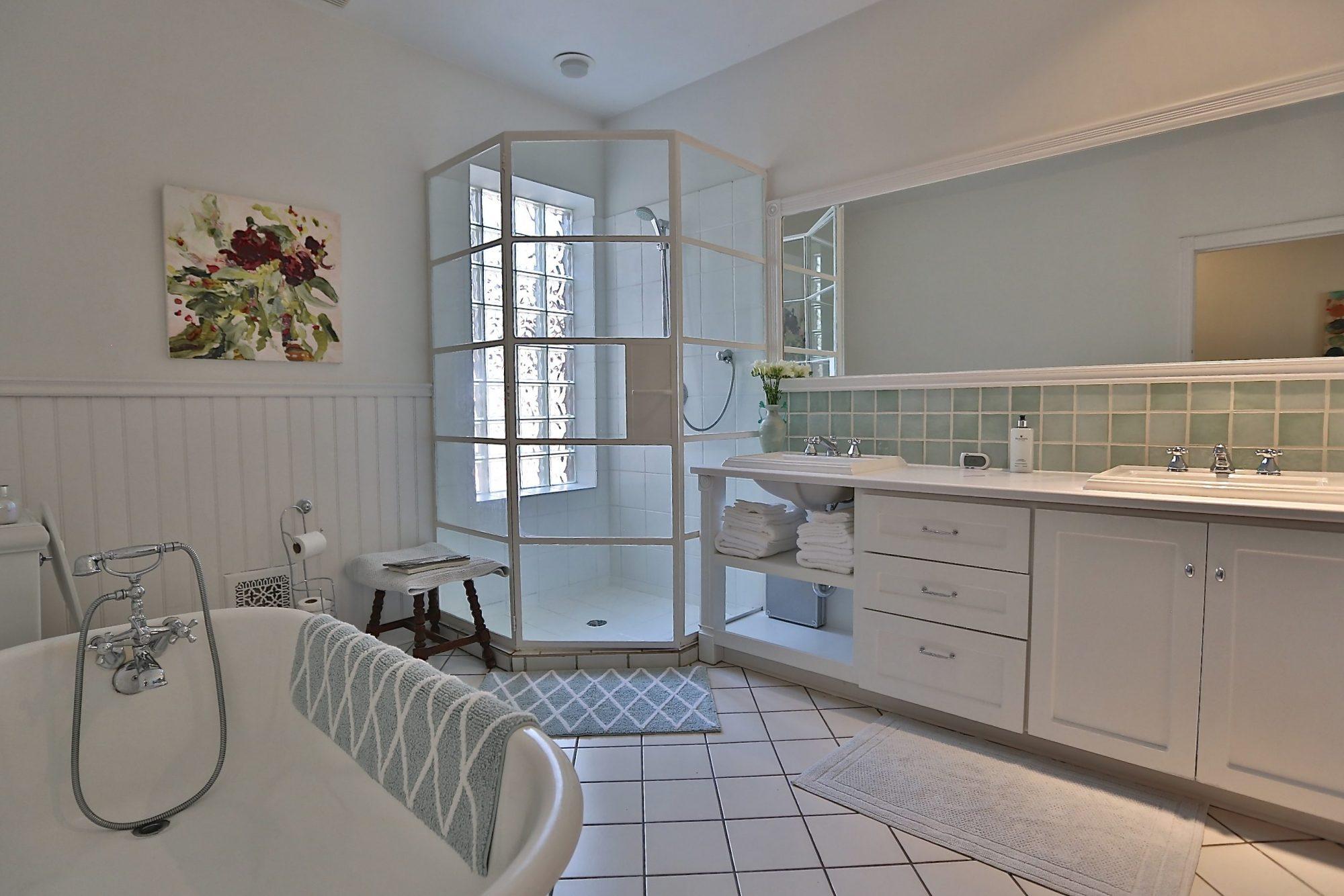 toronto-house-sold-14-garden-avenue-8