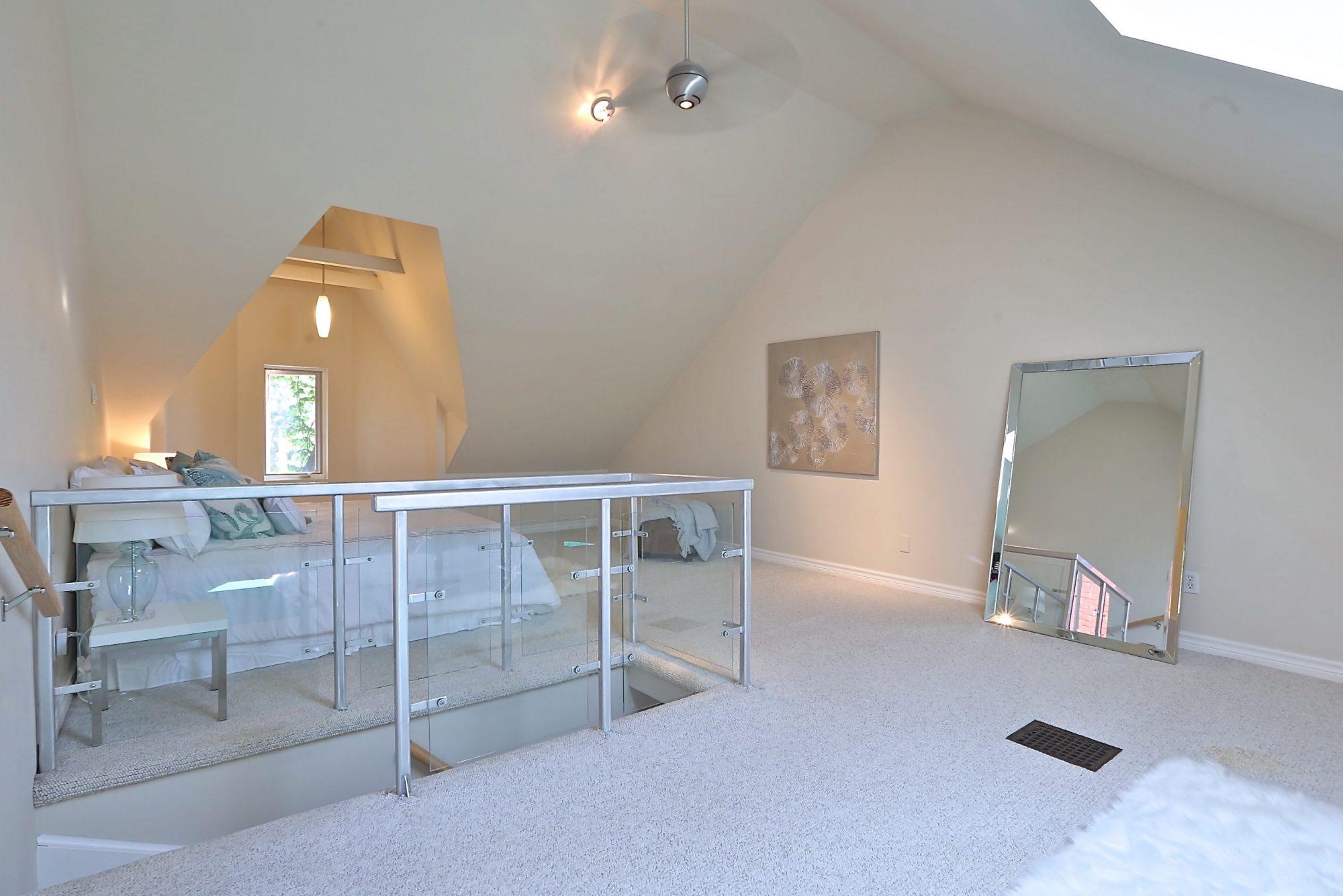 toronto-house-sold-14-garden-avenue-9