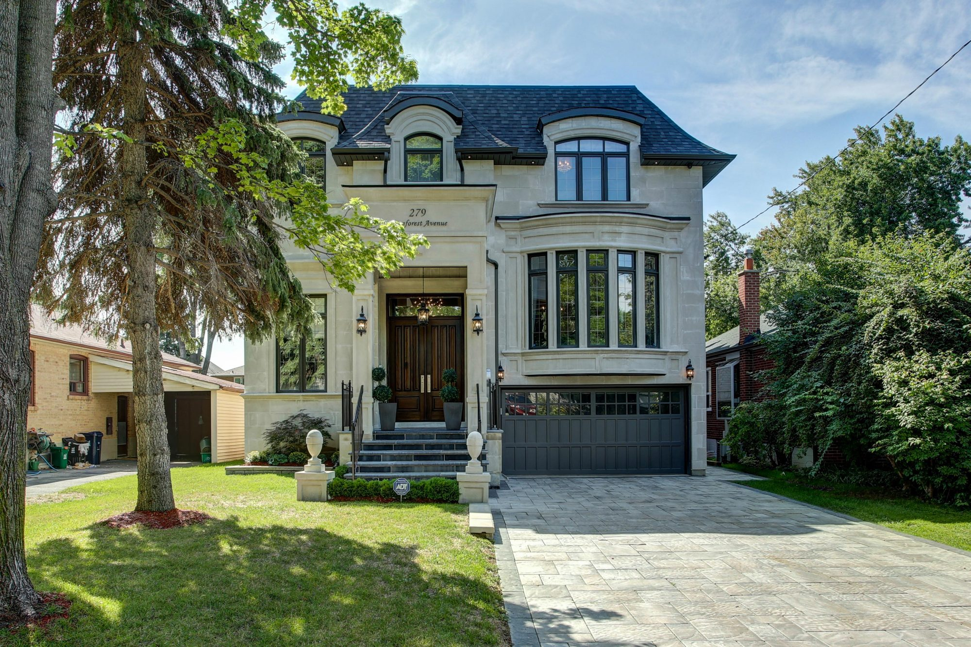 The house that sold at 279 Dunforest Avenue