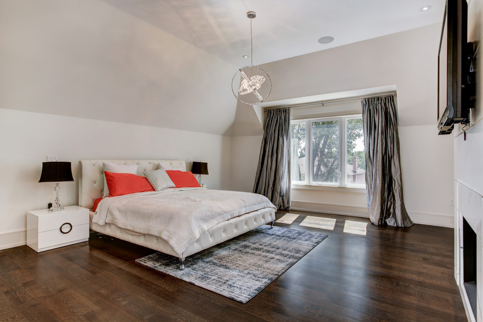 toronto-house-sold-279-dunforest-avenue-9