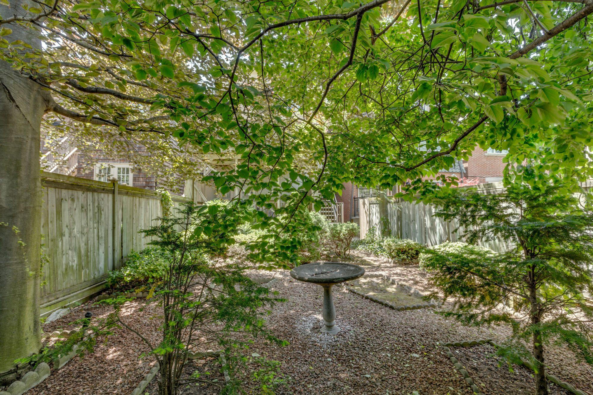 toronto-house-sold-37-alvin-avenue-12