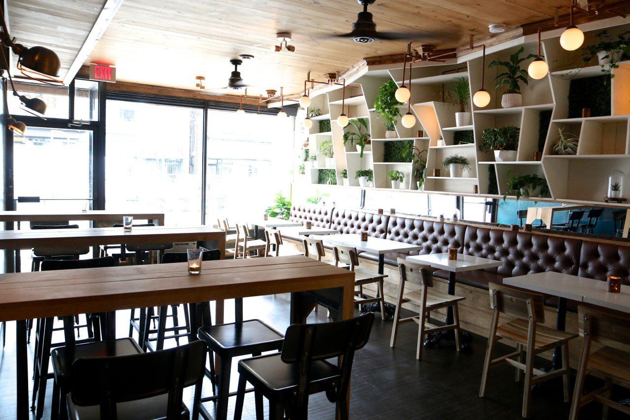 toronto-restaurants-bars-praytell-cocktails-snacks-little-italy-the-room-2