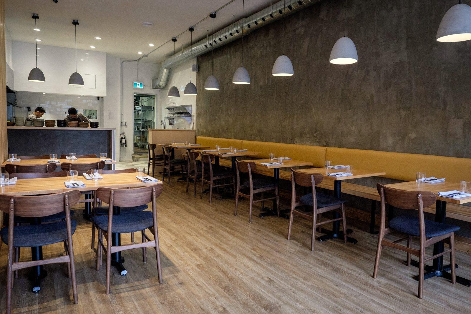 toronto-restaurants-canis-queen-west-canadian-dining-room-2
