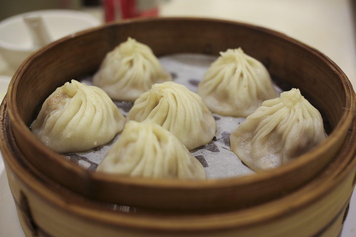 toronto-restaurants-chefs-in-the-burbs-erwin-joaquin-ding-tai-fung-dumplings-xiao-long-bao