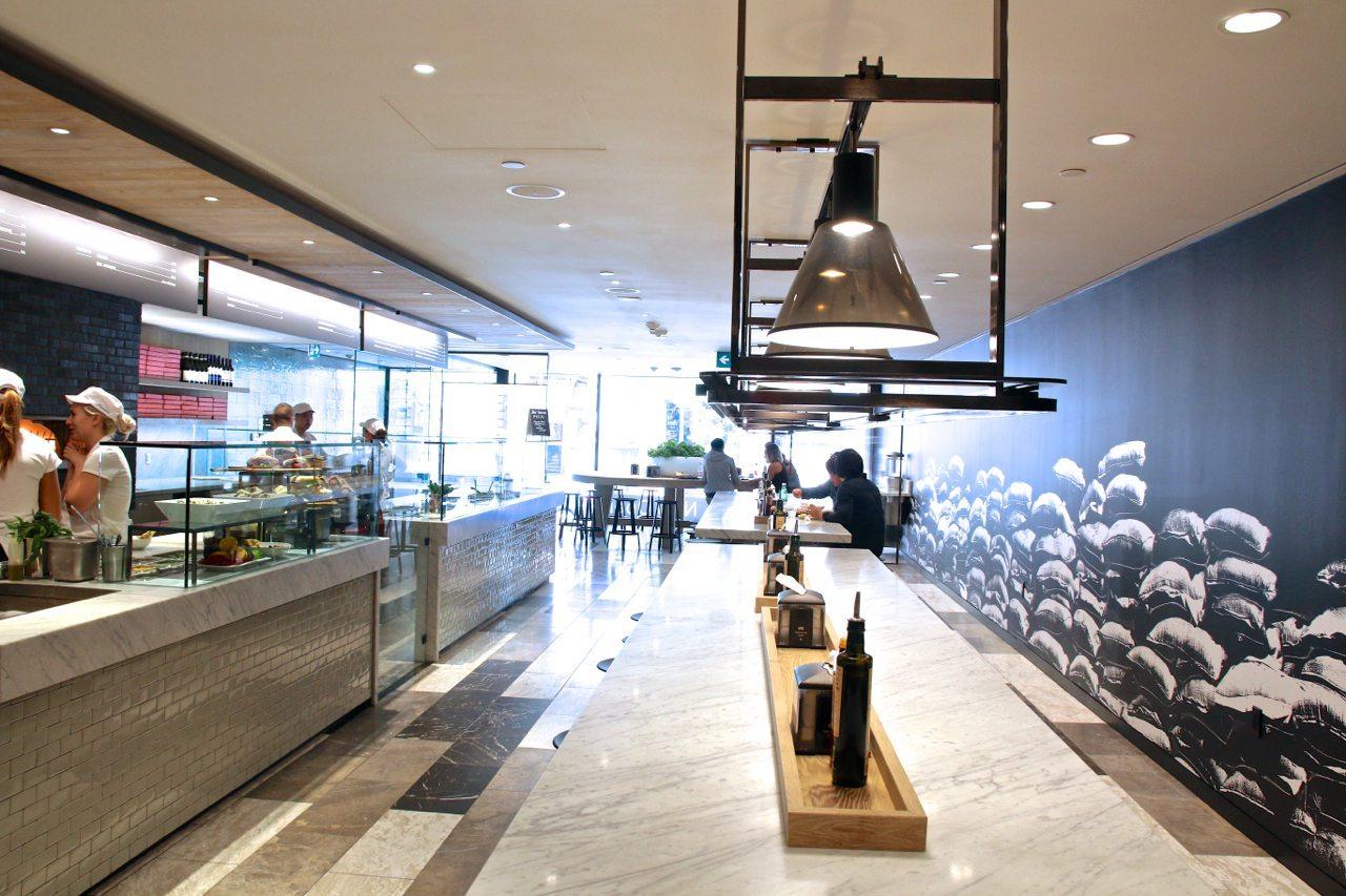 toronto-restaurants-masseria-italian-king-west-dining-room