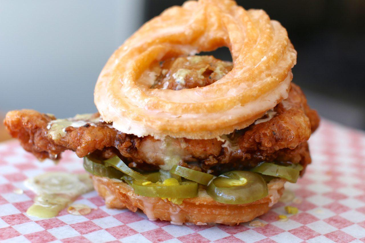 toronto-restaurants-pg-clucks-fried-chicken-little-italy-gimmick-2