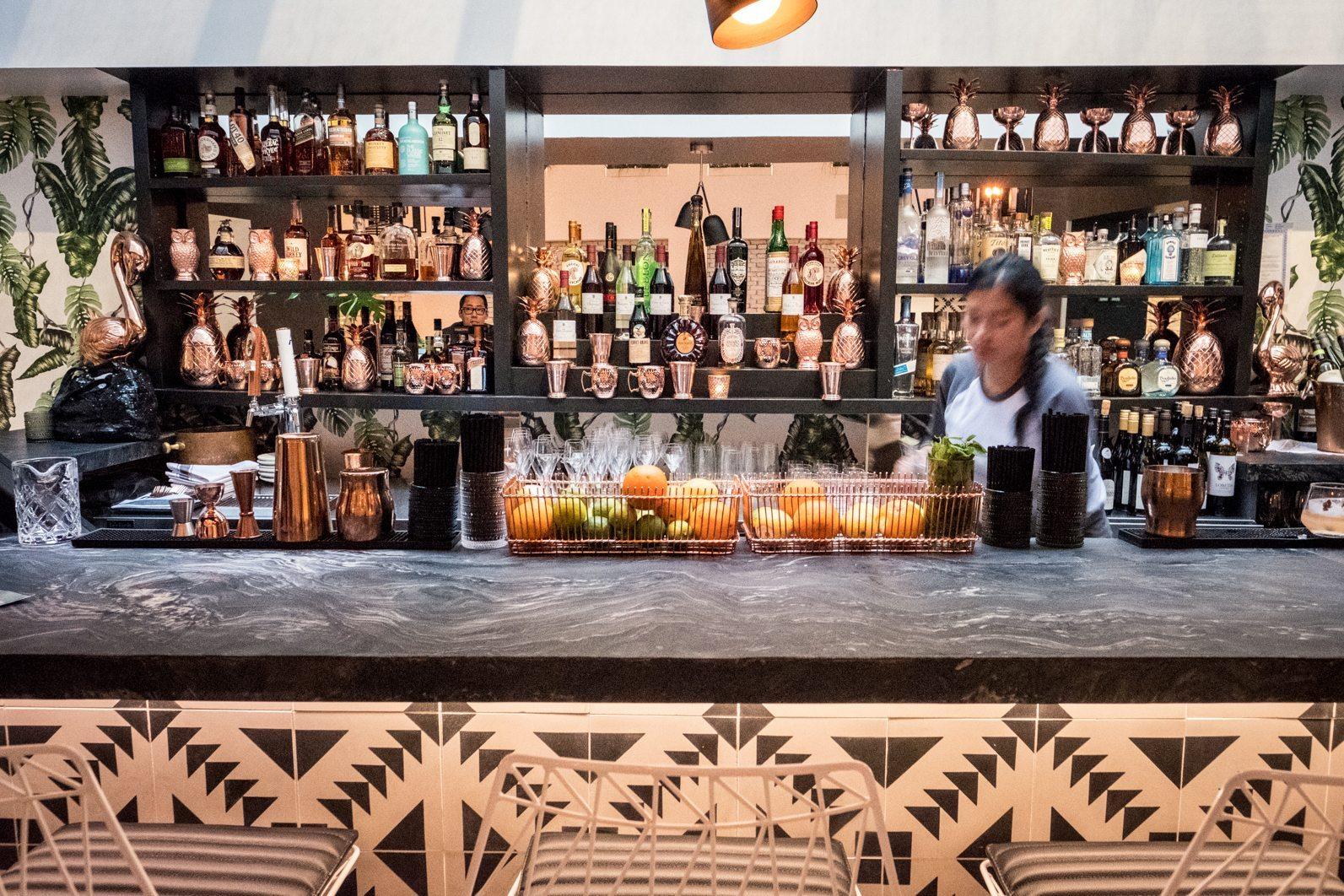 toronto-restaurants-planta-vegetarian-the-chase-david-lee-yorkville-bar