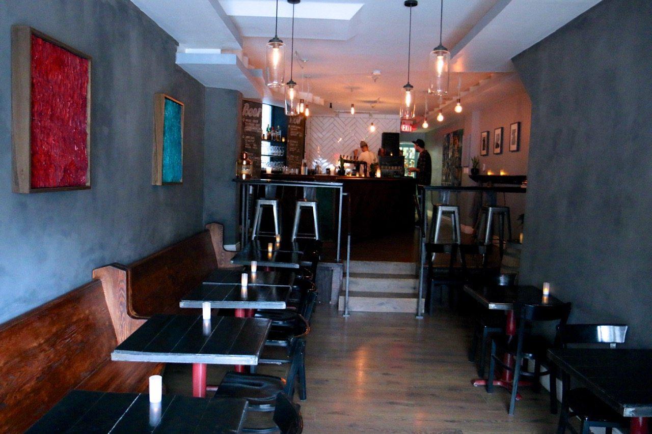toronto-bars-restaurants-laylow-dufferin-grove-beer-room-2