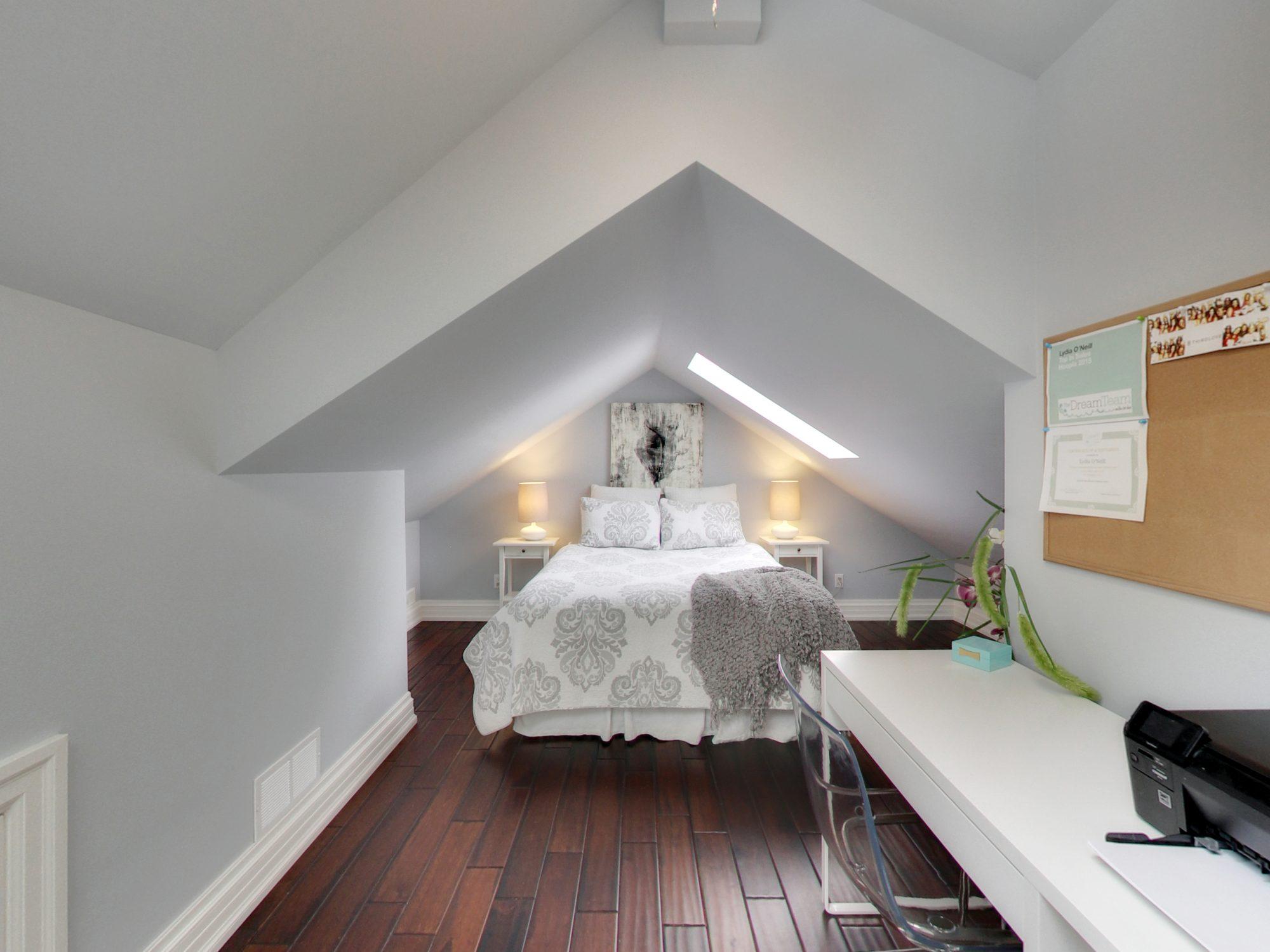 toronto-house-for-sale-15-shand-avenue-12