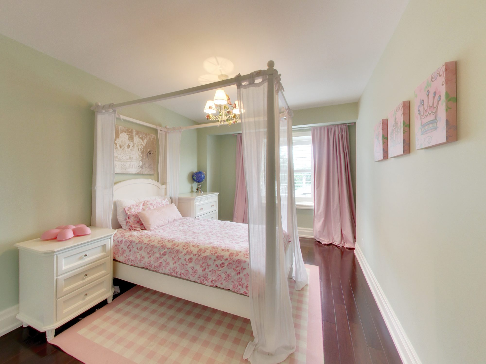toronto-house-for-sale-15-shand-avenue-8