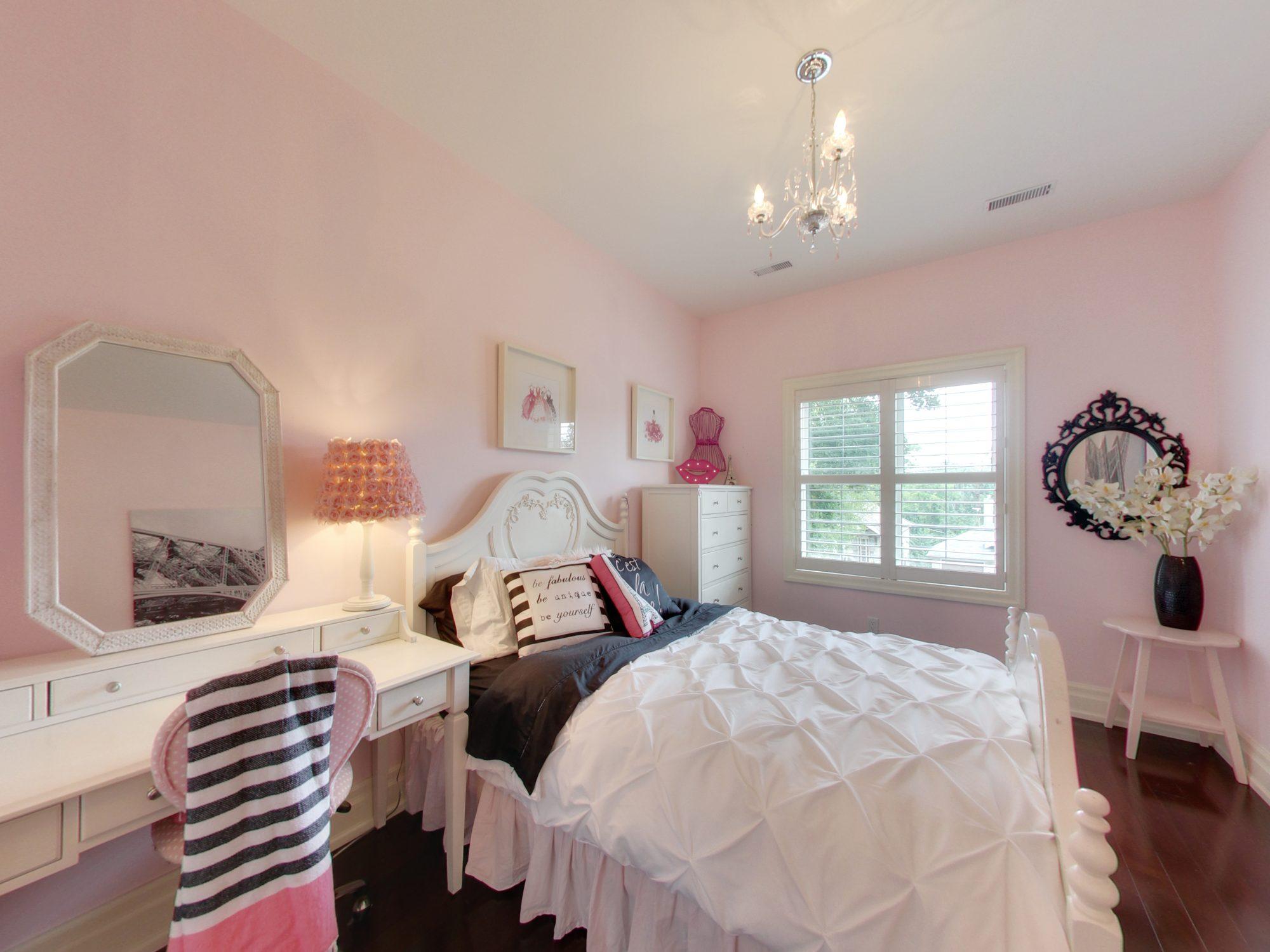 toronto-house-for-sale-15-shand-avenue-9