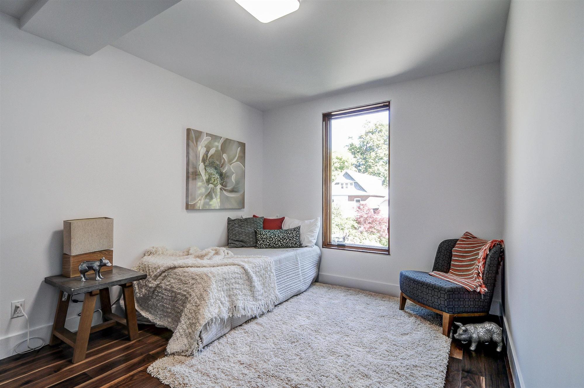 toronto-house-for-sale-32-elmer-avenue-7