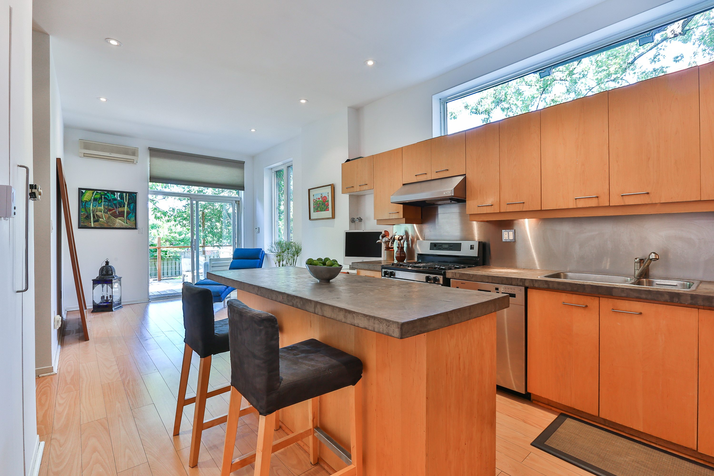 toronto-house-for-sale-646-euclid-avenue-3
