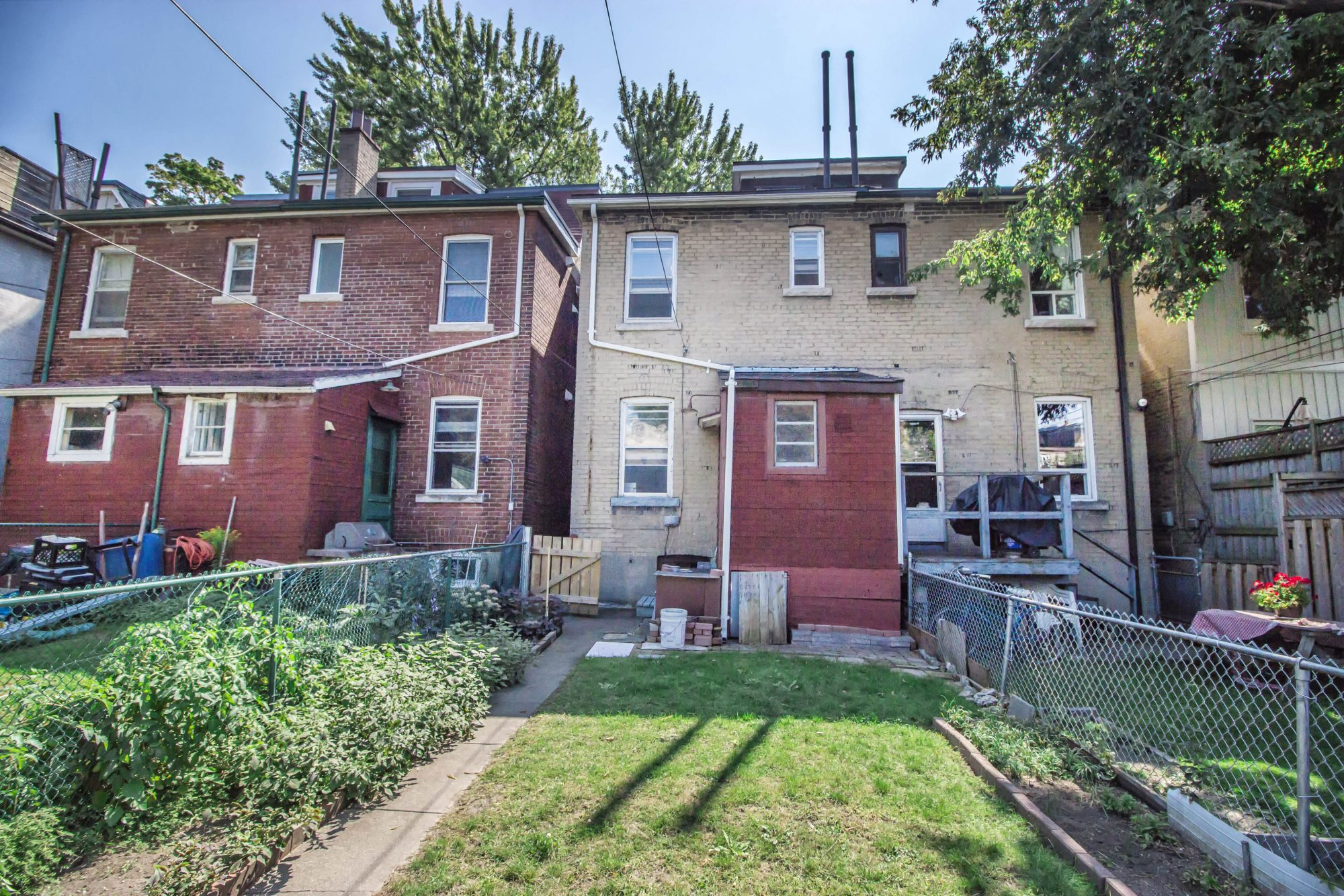 toronto-house-sold-164-langley-avenue-13