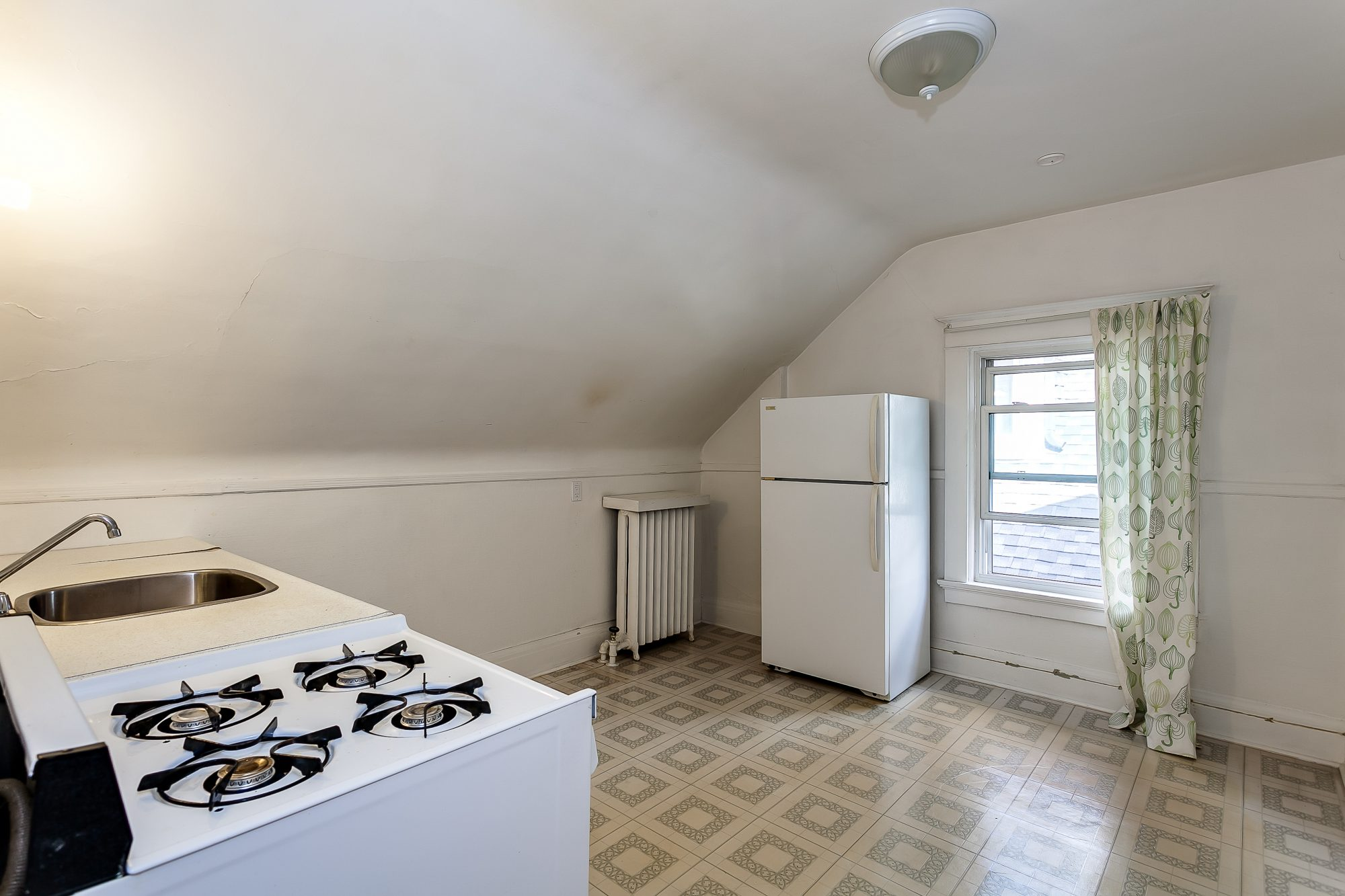 toronto-house-sold-22-high-park-boulevard-16