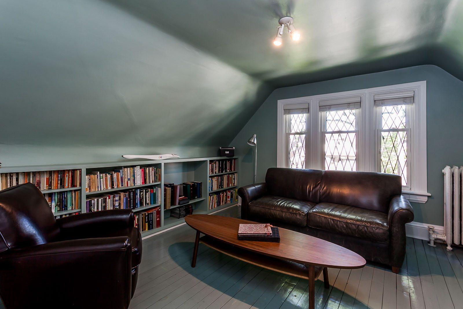 toronto-house-sold-223-wright-avenue-11