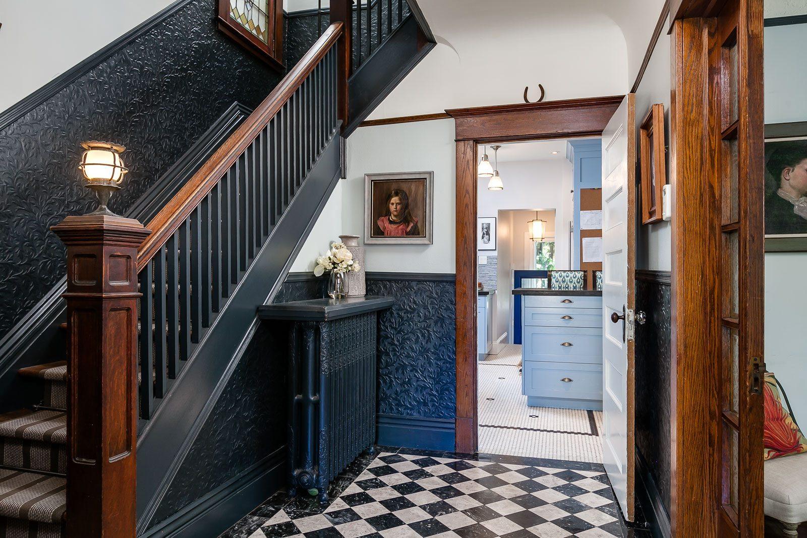 toronto-house-sold-223-wright-avenue-3