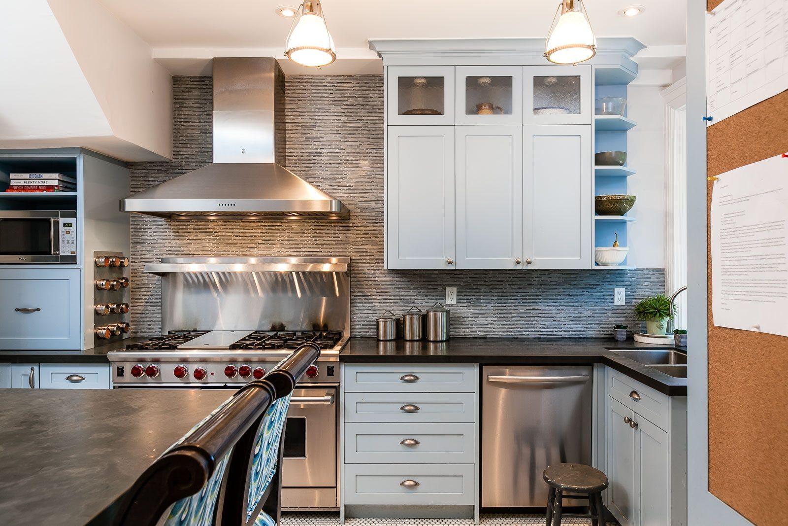 toronto-house-sold-223-wright-avenue-6