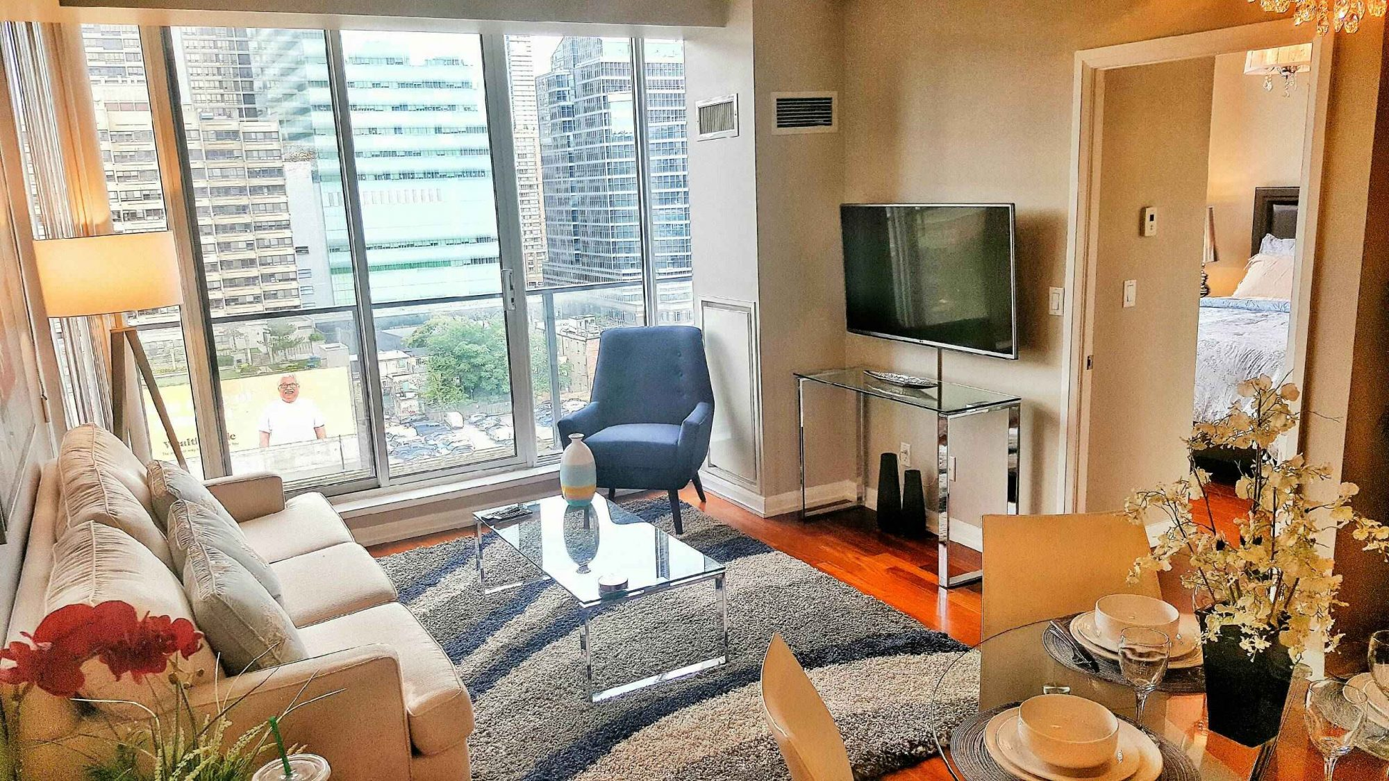 toronto-rental-of-the-week-111-elizabeth-street-2