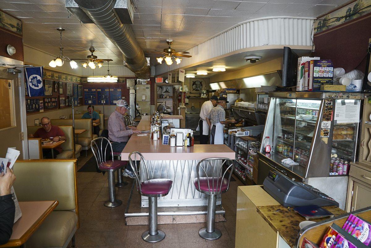 toronto-restaurants-chefs-burbs-afrim-pristine-cheese-boutique-bloor-west-village-bloor-jane-diner-interior