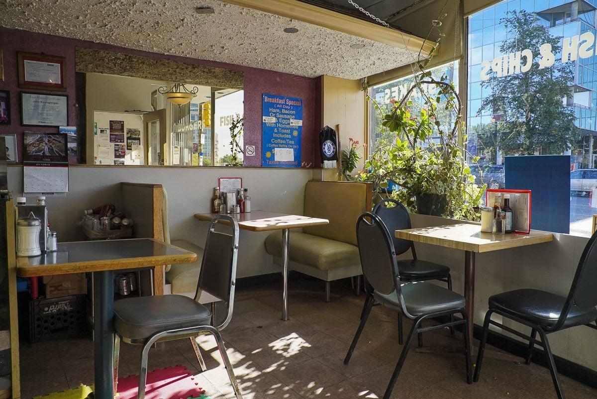 toronto-restaurants-chefs-burbs-afrim-pristine-cheese-boutique-bloor-west-village-bloor-jane-diner-seating