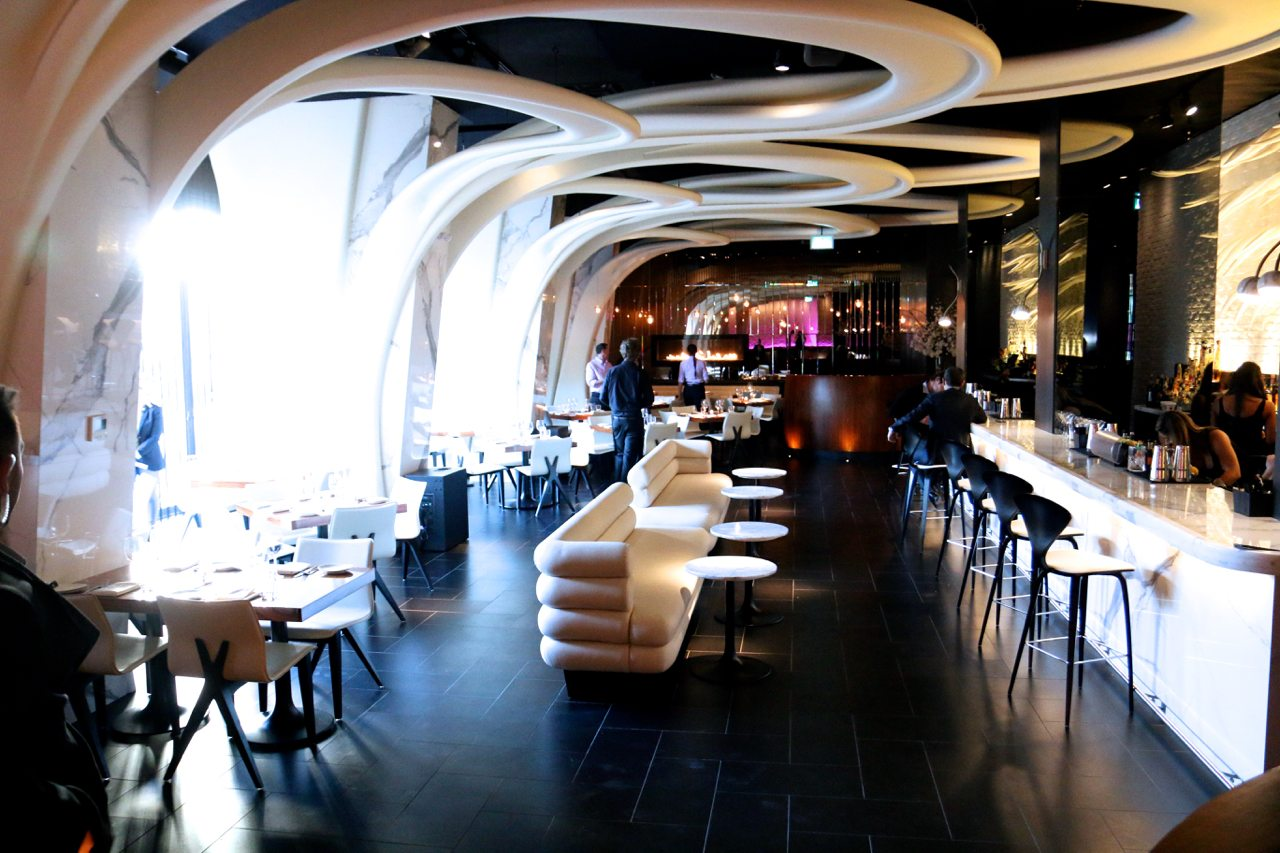 toronto-restaurants-stk-steakhouse-yorkville-dining-room-2
