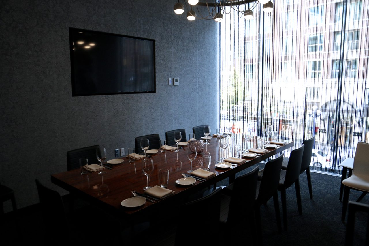 toronto-restaurants-stk-steakhouse-yorkville-private-room