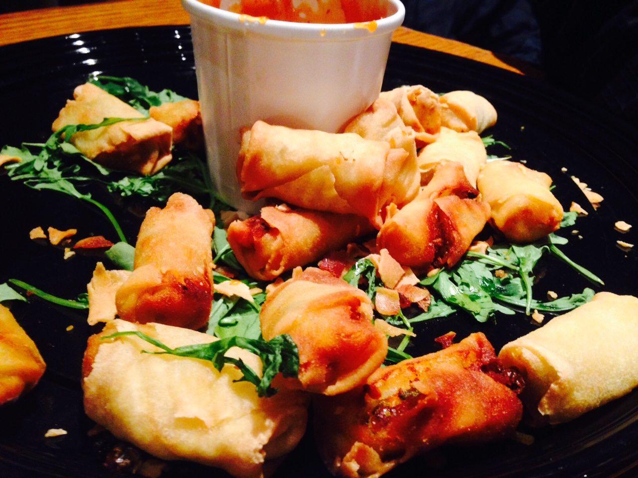 toronto-chefs-restaurants-consumed-bob-blumer-food-network-surreal-gourmet-spring-roll-bites