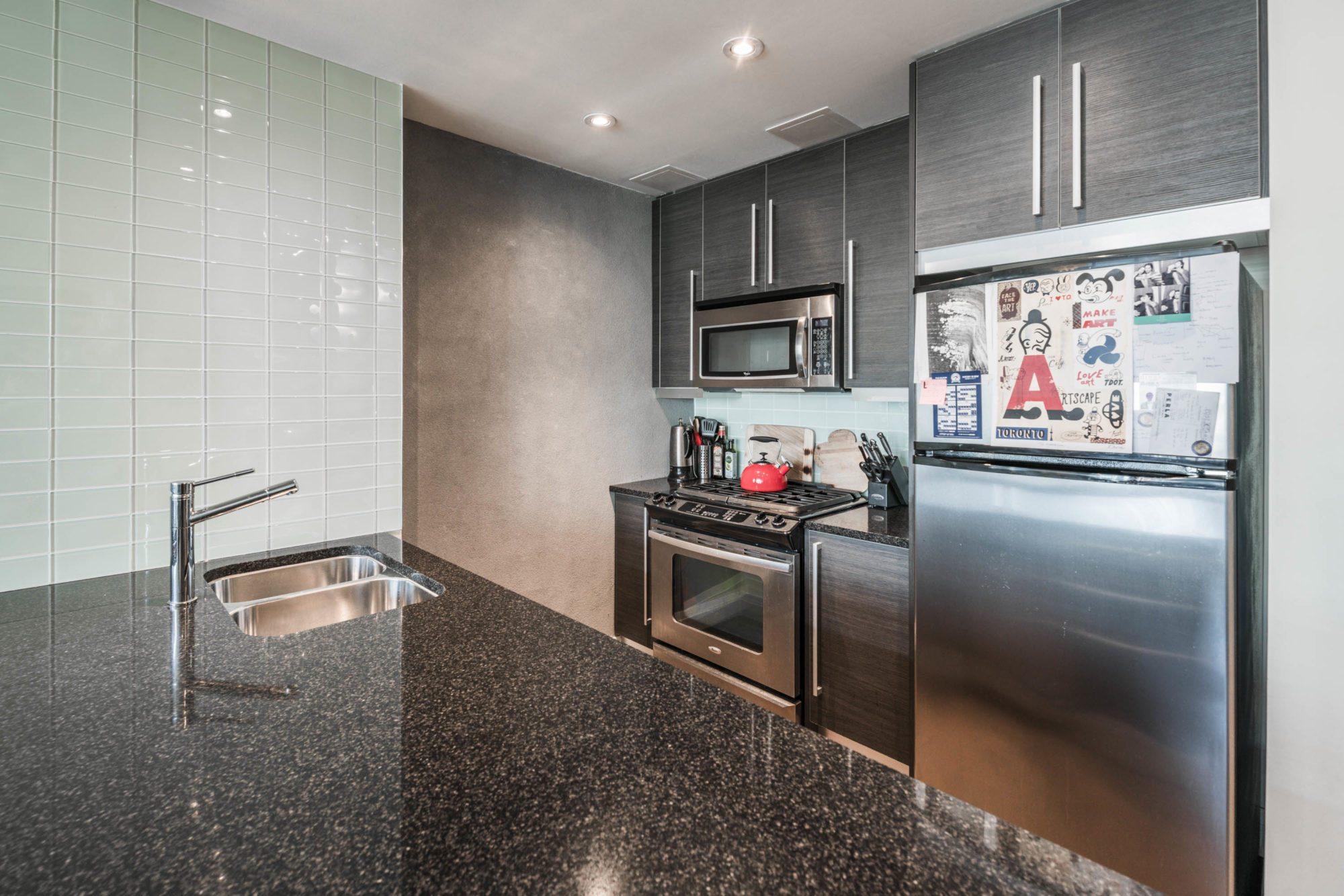 toronto-condo-for-rent-138-princess-street-3