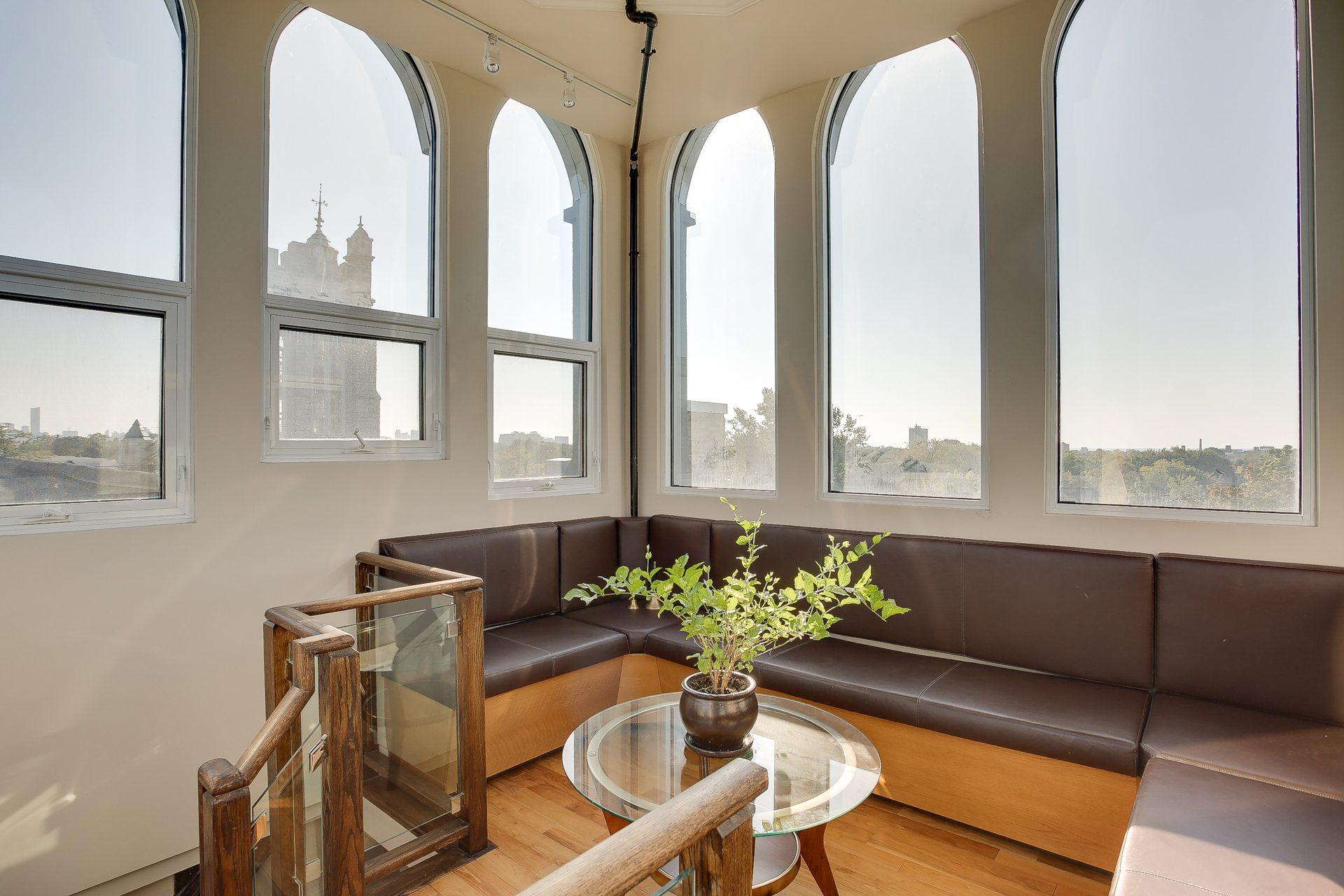toronto-condo-for-rent-384-sunnyside-avenue-4