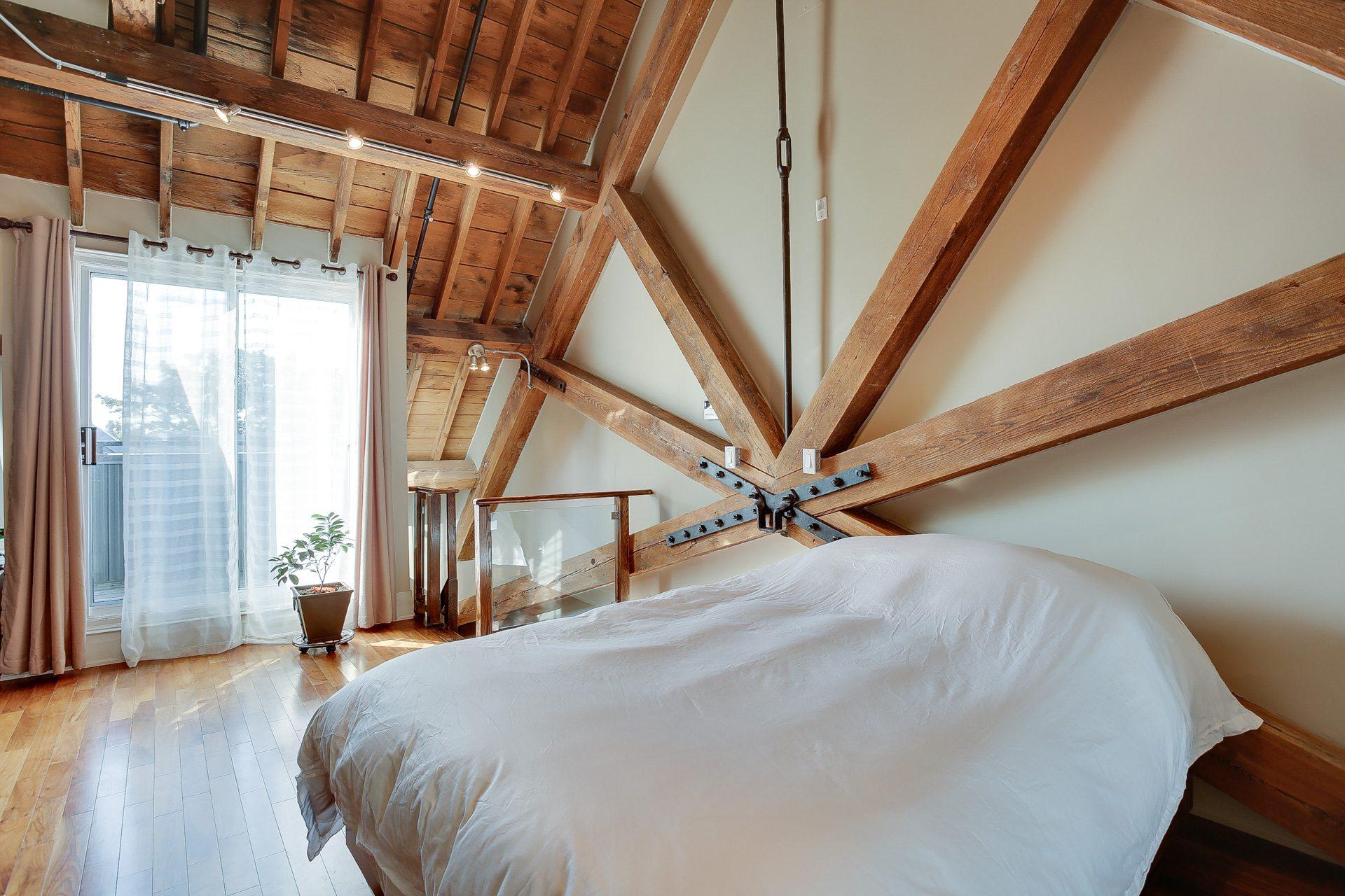 toronto-condo-for-rent-384-sunnyside-avenue-6