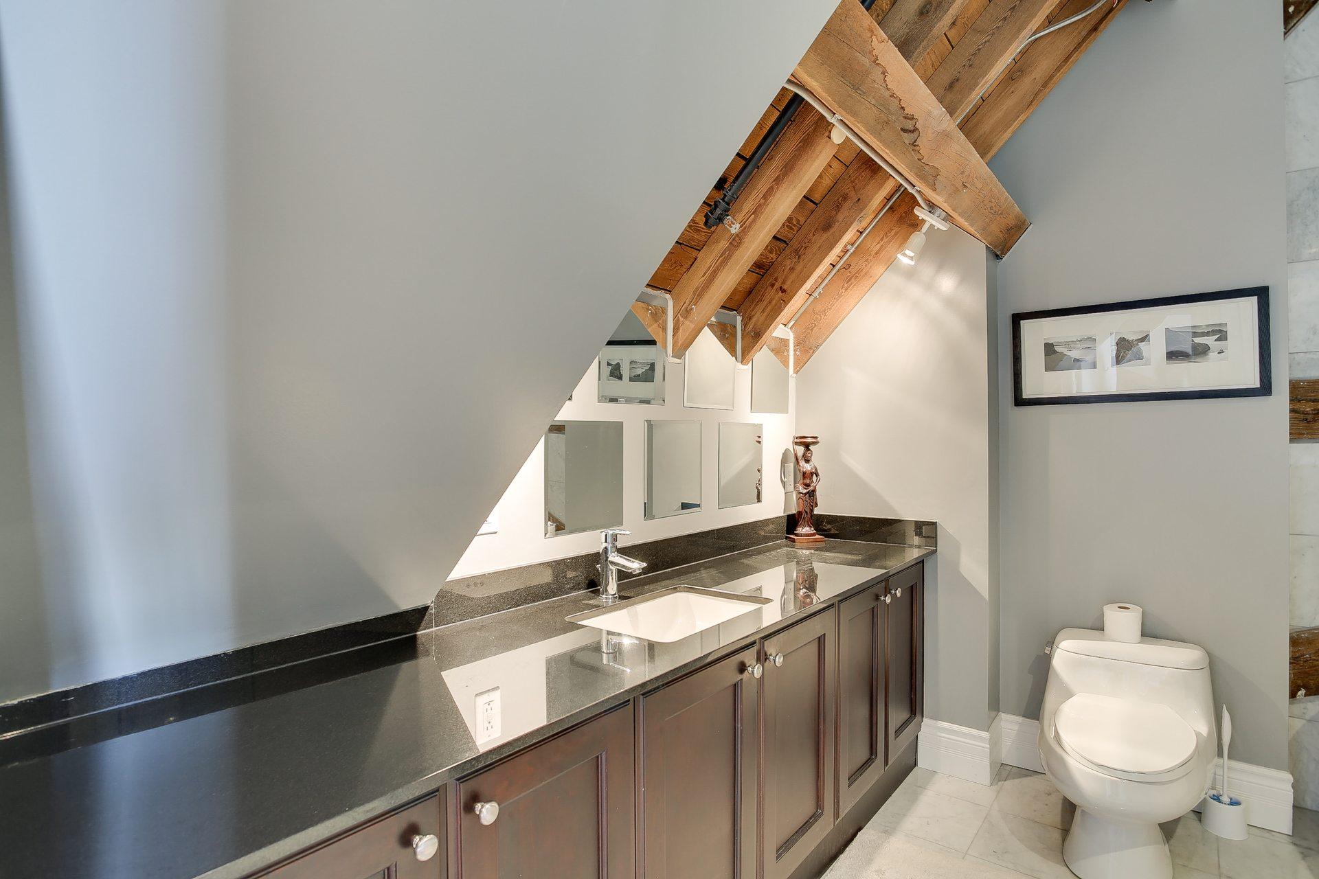 toronto-condo-for-rent-384-sunnyside-avenue-8