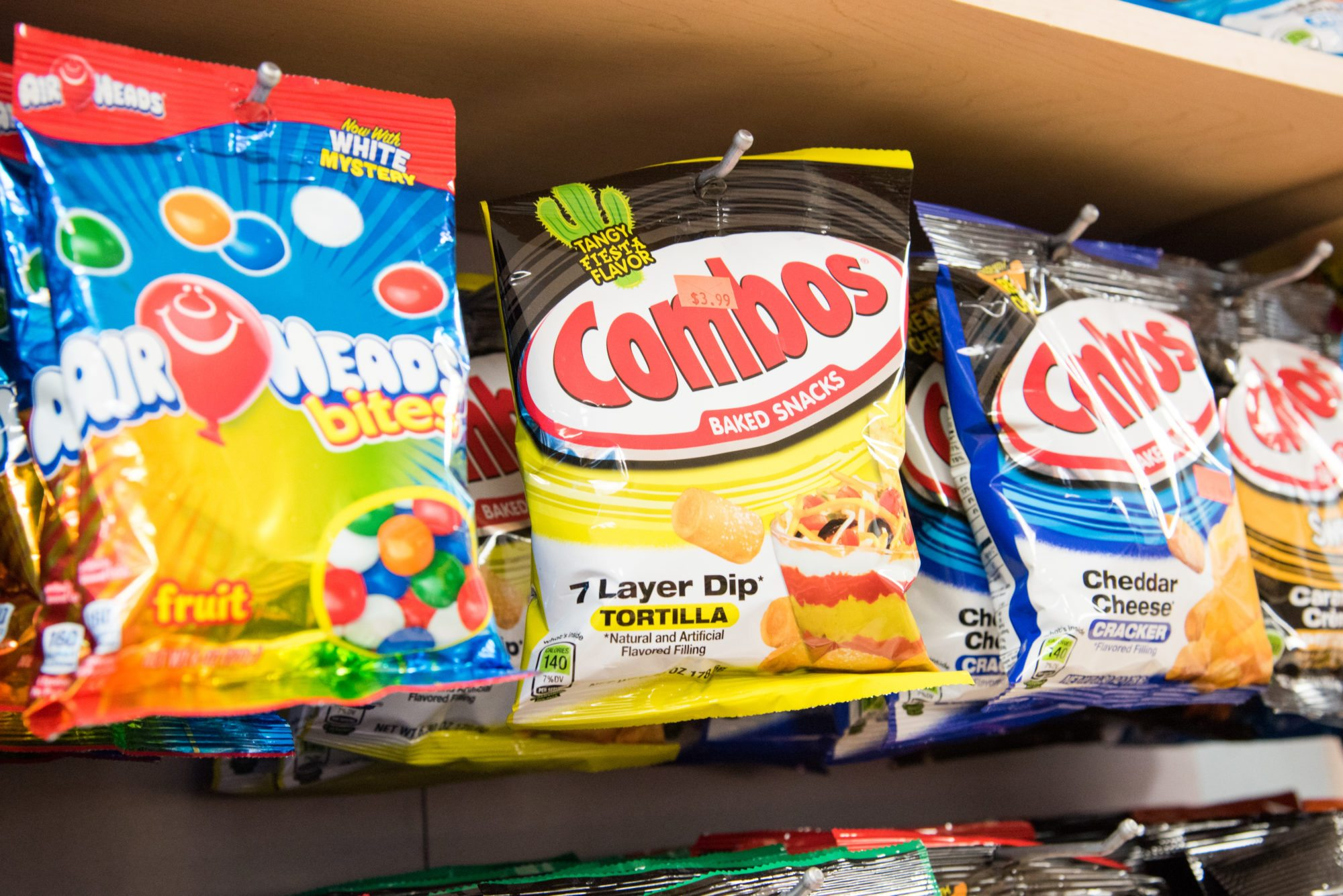 toronto-food-shops-ridiculist-sweet-addictions-candy-co-tortilla-combos