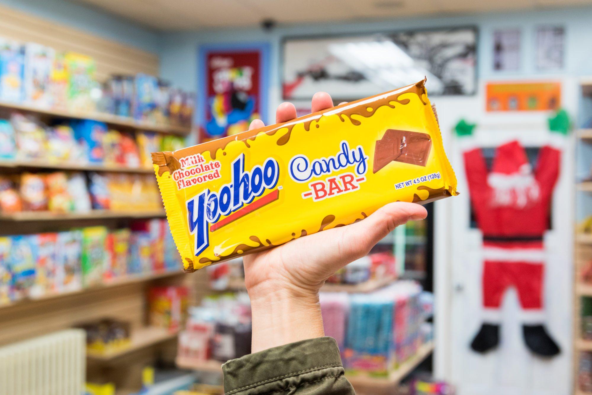 toronto-food-shops-ridiculist-sweet-addictions-candy-co-yoohoo-candy-bar