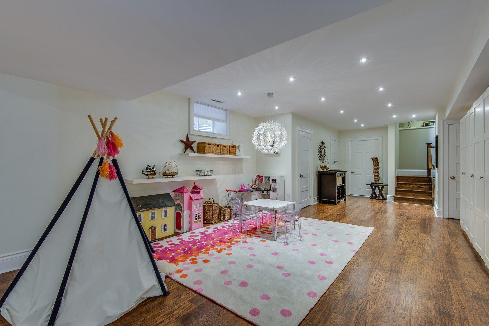 toronto-house-for-sale-38-springbank-avenue-13